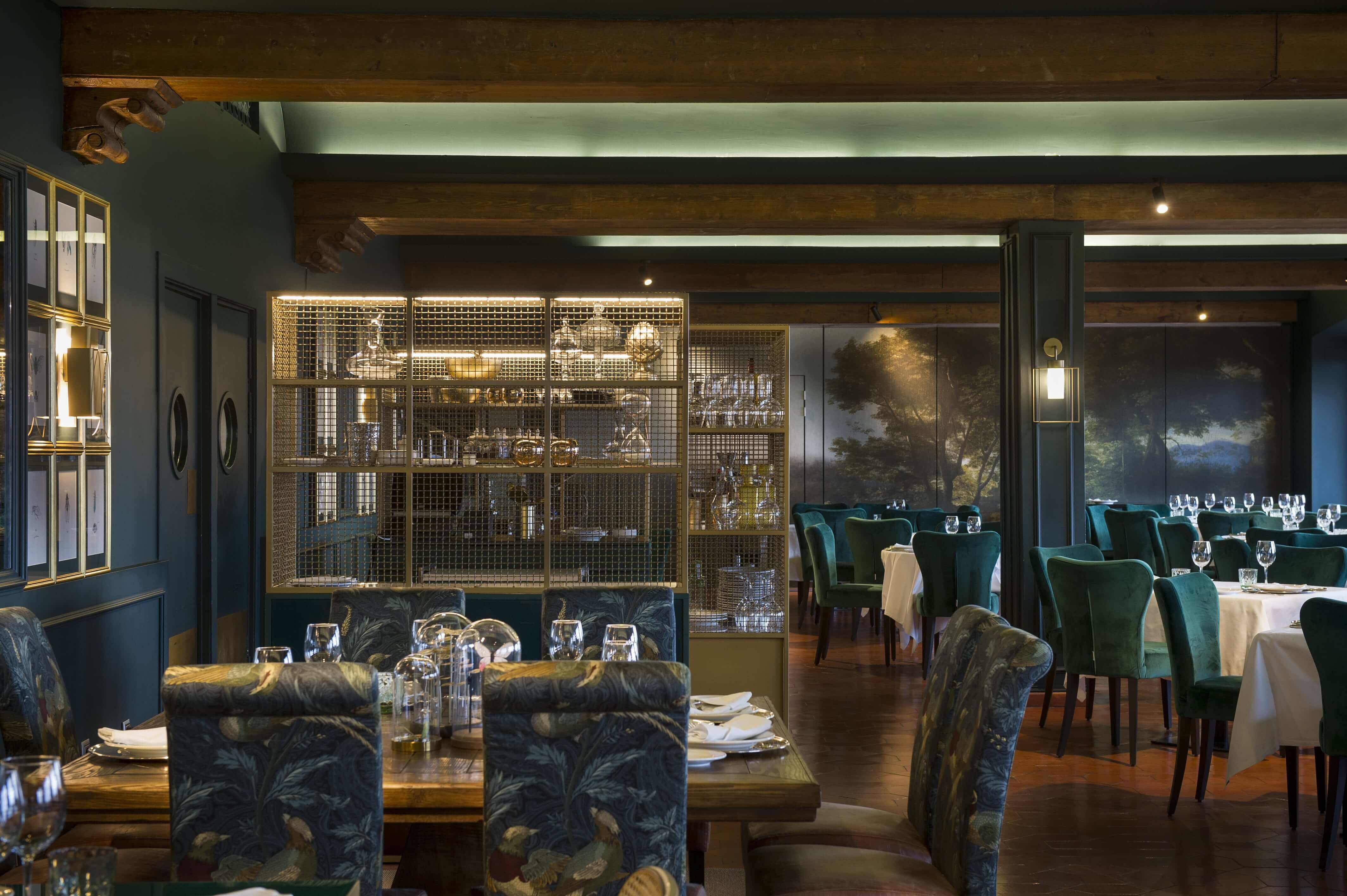 Excelente Restaurante De Cocina Ejemplo La Disposición De Diseño ...